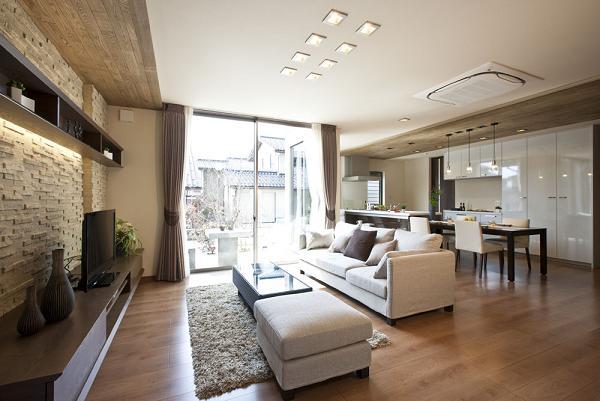神戸・淡路島 漆喰と無垢材の家 株式会社くらし …